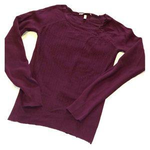 🍷 Victoria's Secret sweater Sz M EUC